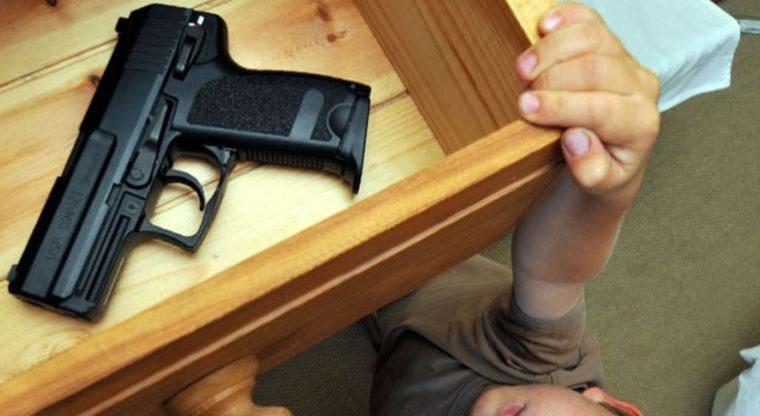 Necesitamos Tener Una Pistola En Casa