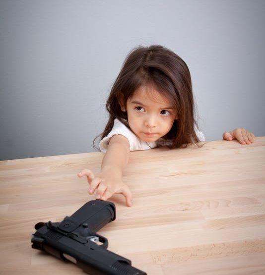 Precauciones para tener armas de fuego en casa